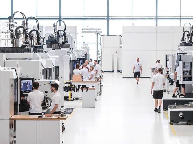 Haas Multigrind instalaciones